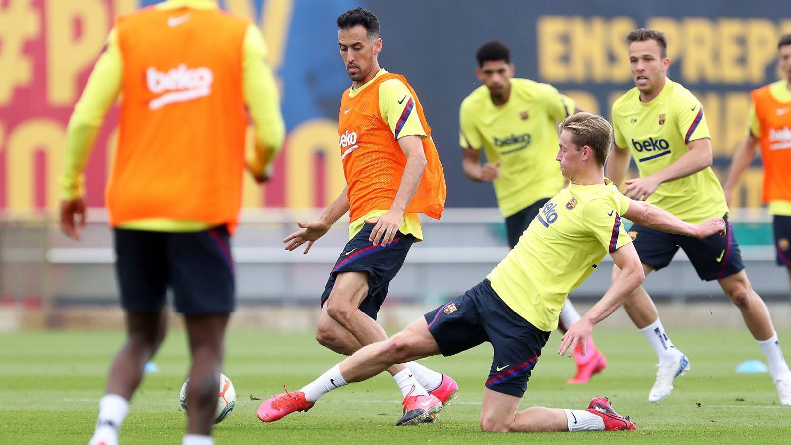El Barça busca fórmules per equilibrar la comptabilitat
