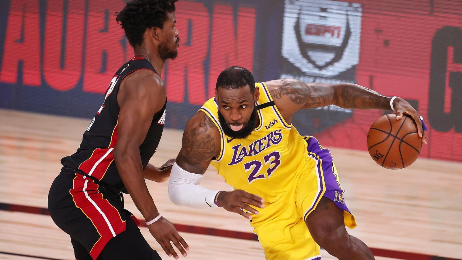 Segon partit de les finals entre els Lakers i el Heat Triomf blaugrana a la pista del Nantes (27-35)