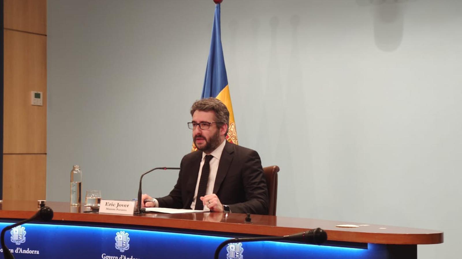 El ministre portaveu, Eric Jover, durant la roda de premsa d'aquest dilluns al vespre. / SFG