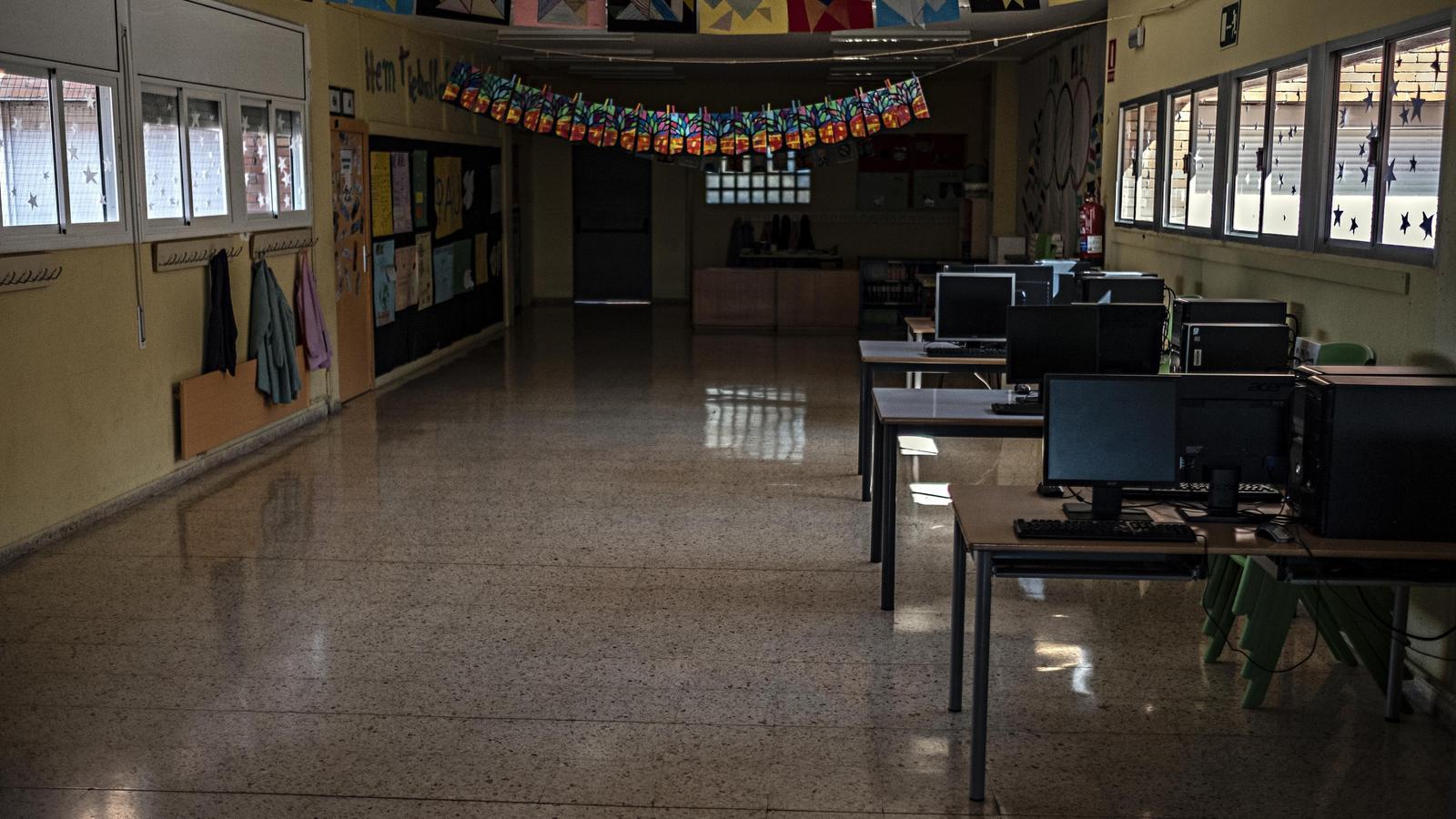 """Una escola de les Franqueses del Vallès es nega a obrir al juny: """"No volem l'escola de la por"""""""
