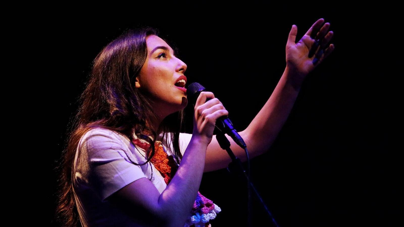 María José Llergo durant el concert a la sala 2 de L'Auditori de Barcelona / PERE VIRGILI