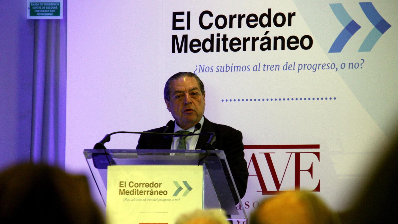 El president de l'Associació Valenciana d'Empresaris, Vicente Boluda, durant la presentació de la web que mostra l'evolució de les obres del corredor mediterrani.