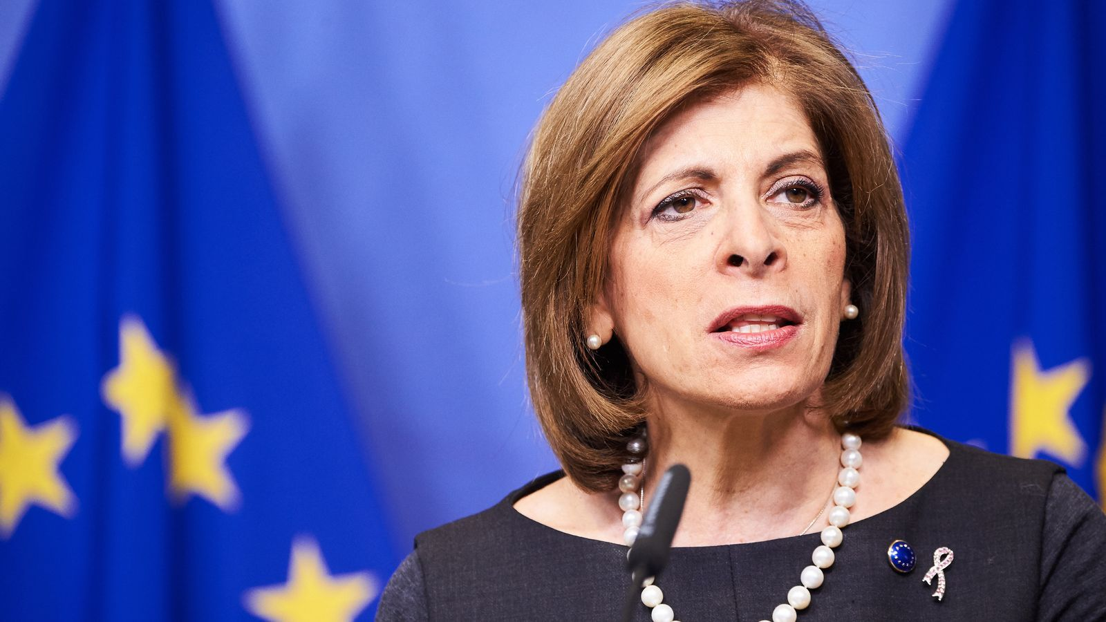La Comissió Europea rebutja publicar els contractes de la compra anticipada de vacunes