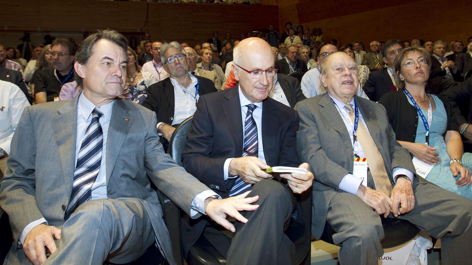 El consell nacional de CDC i UDC va proclamar ahir a l'auditori AXA de Barcelona Josep Antoni Duran i Lleida per tercera vegada candidat a les eleccions generals.