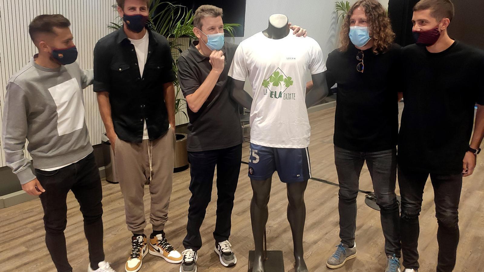 Unzué s'envolta d'amics per lluitar contra l'ELA