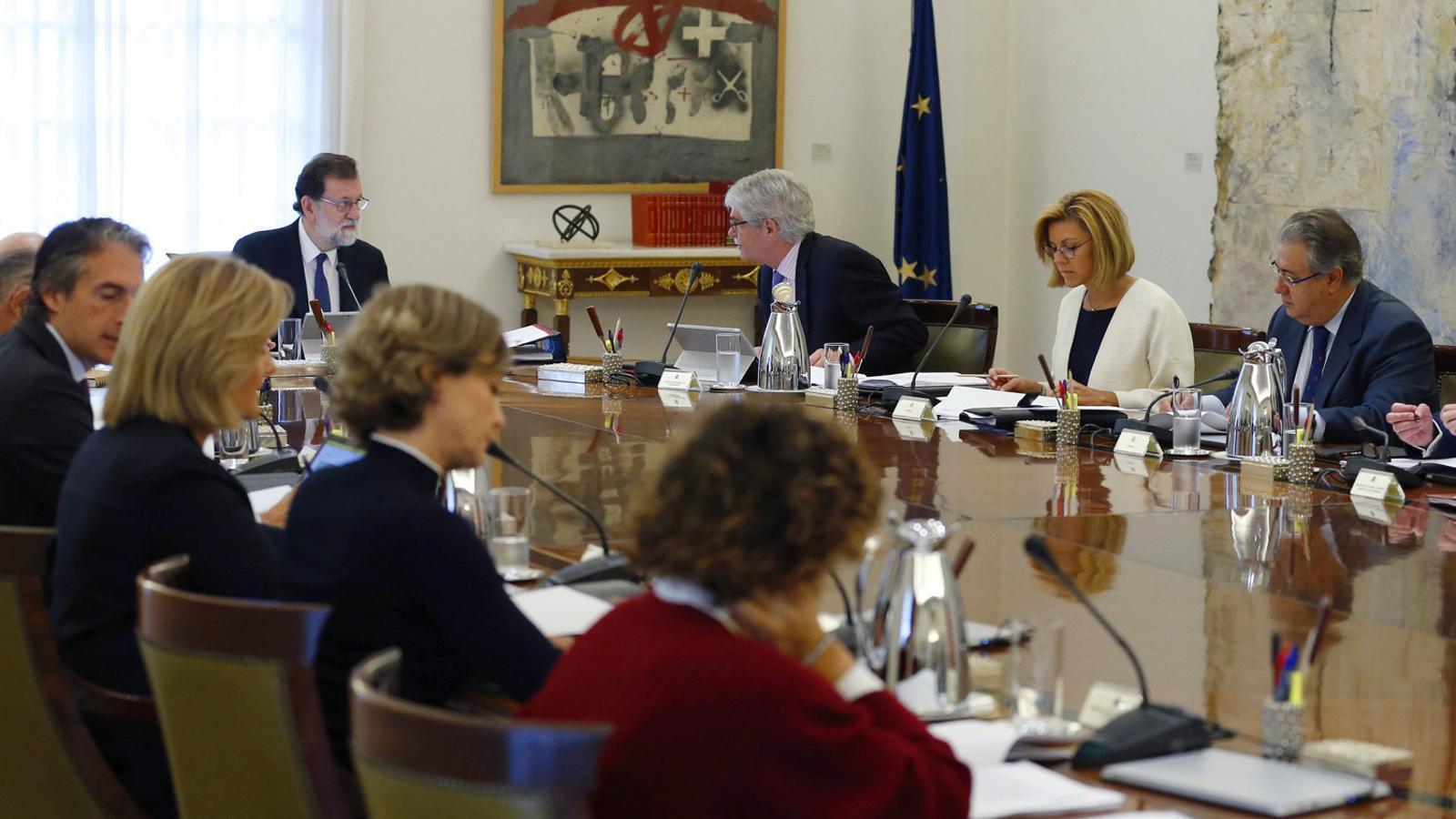 La reunió del consell de ministres del 21 d'octubre que va aprovar el 155 convalidat pel Senat.