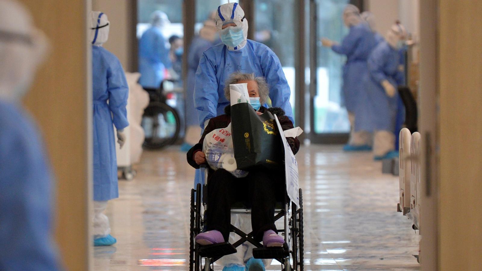 Personal mèdic en un hospital a Wuhan, la Xina