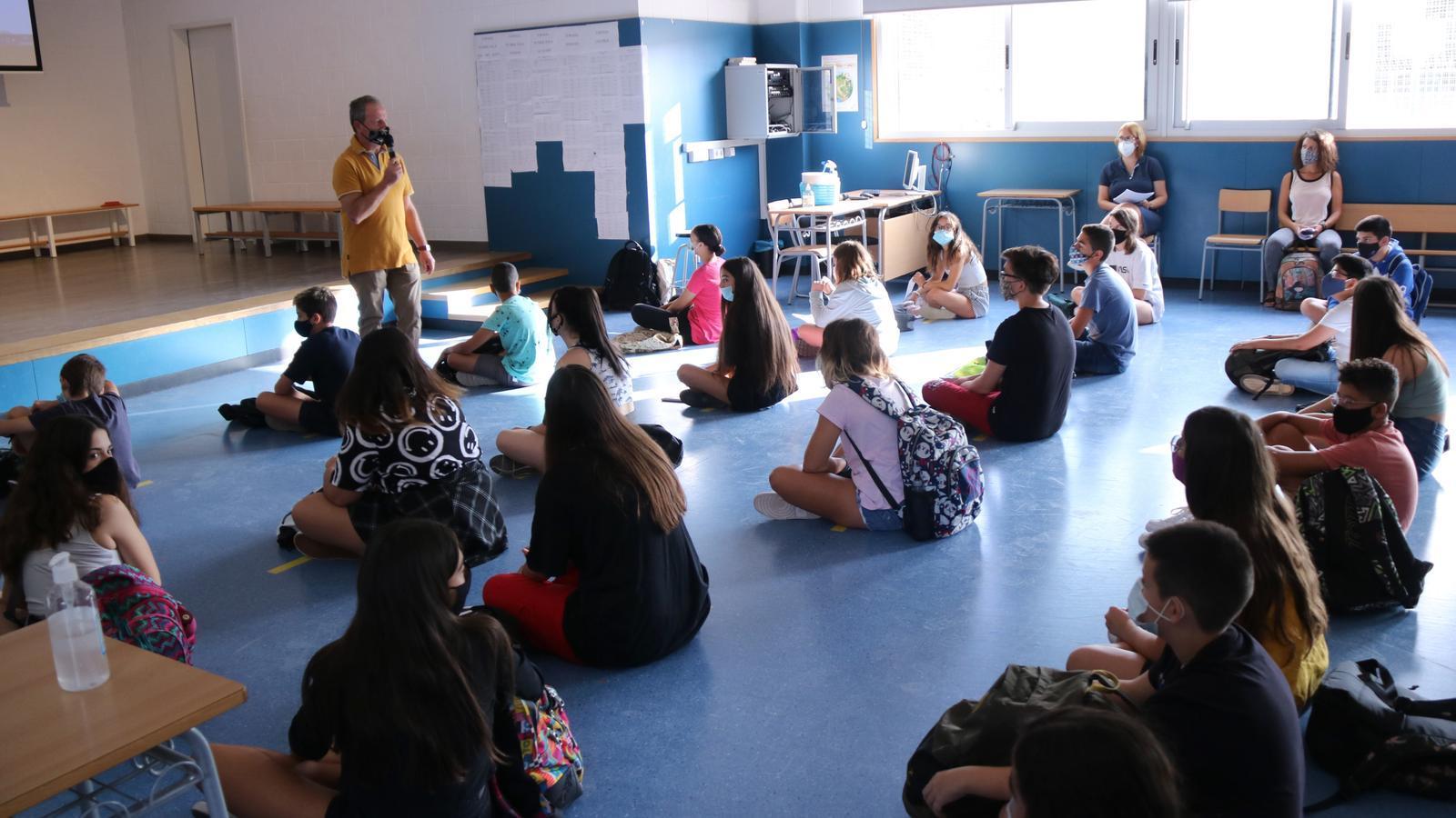 Una reunió inicial amb alumnes d'ESO a l'institut Cristòfol Despuig de Tortosa, el passat mes de setembre