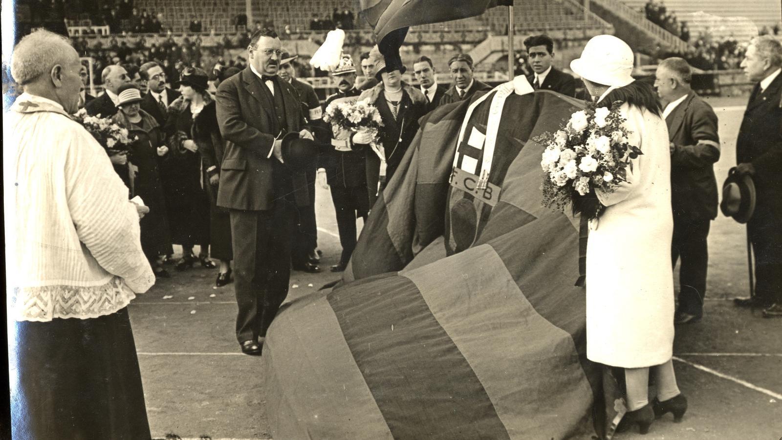 Joan Gamper en una imatge de celebració dels 25 anys del club, que es van celebrar durant la temporada 1924-1925