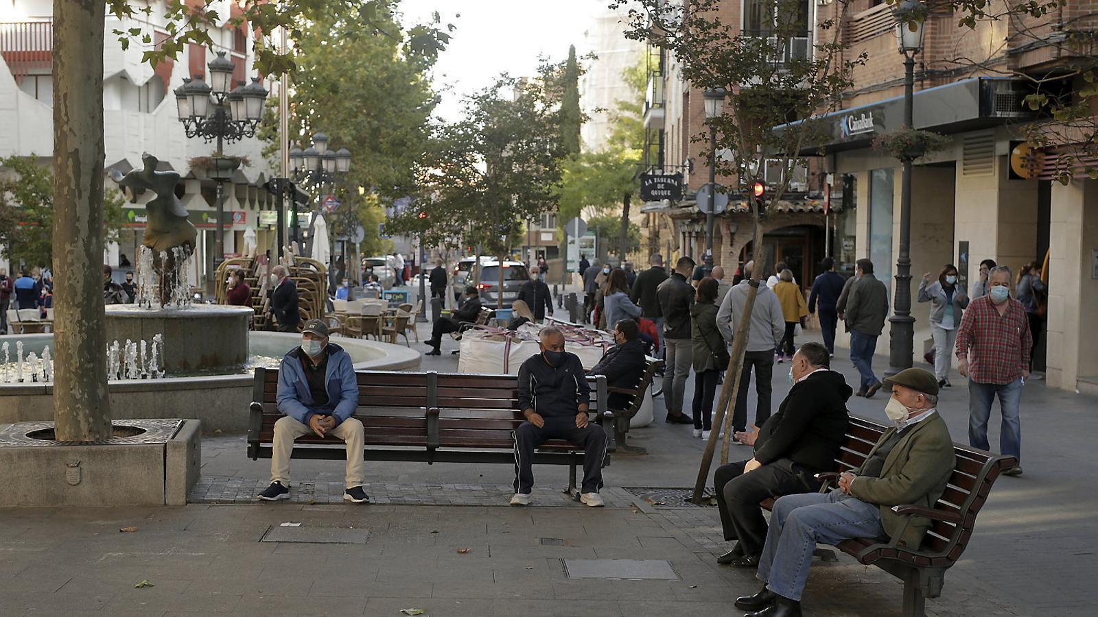 La perifèria sud de Madrid batega lenta pel nou confinament