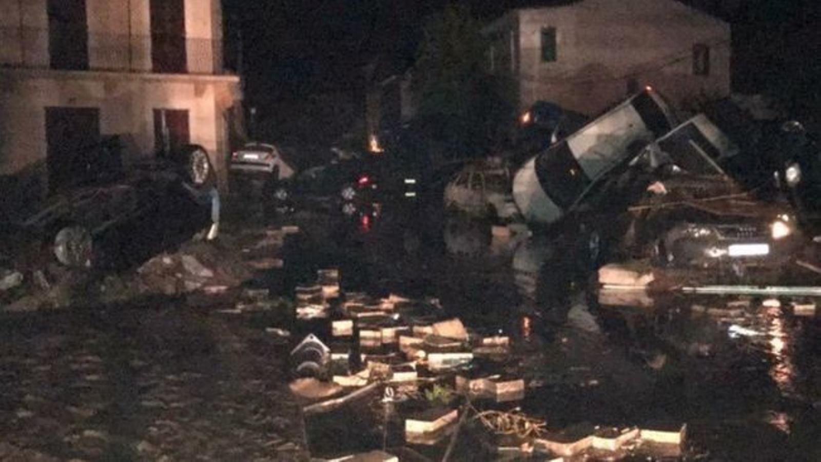 """El vespre de dimarts """"es varen atendre 400 incidents i es varen salvar a 200 persones"""""""