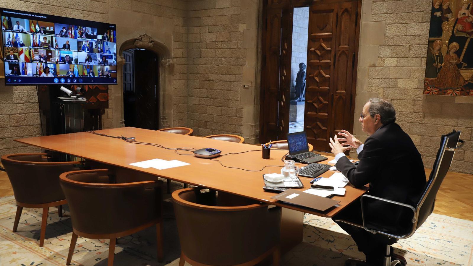 El president de la Generalitat, Quim Torra, durant la conferència amb el govern espanyol i la resta de presidents autonòmics