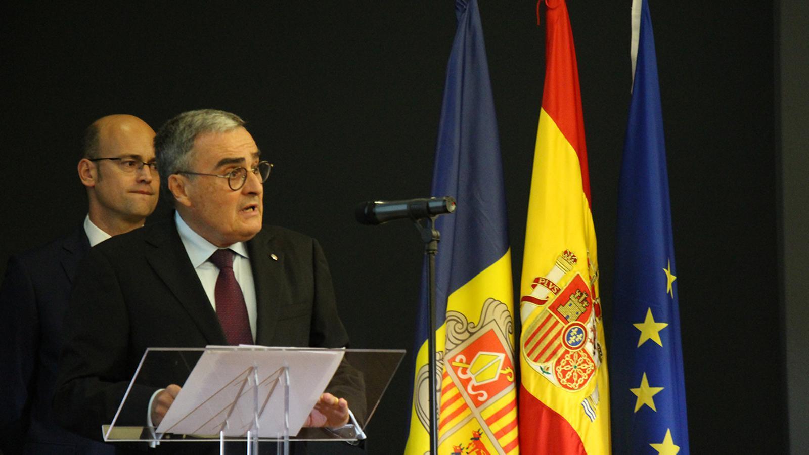 L'ambaixador espanyol, Àngel Ros, durant el discurs que ha fet per commemorar la festa nacional d'Espanya. / M. M. (ANA)