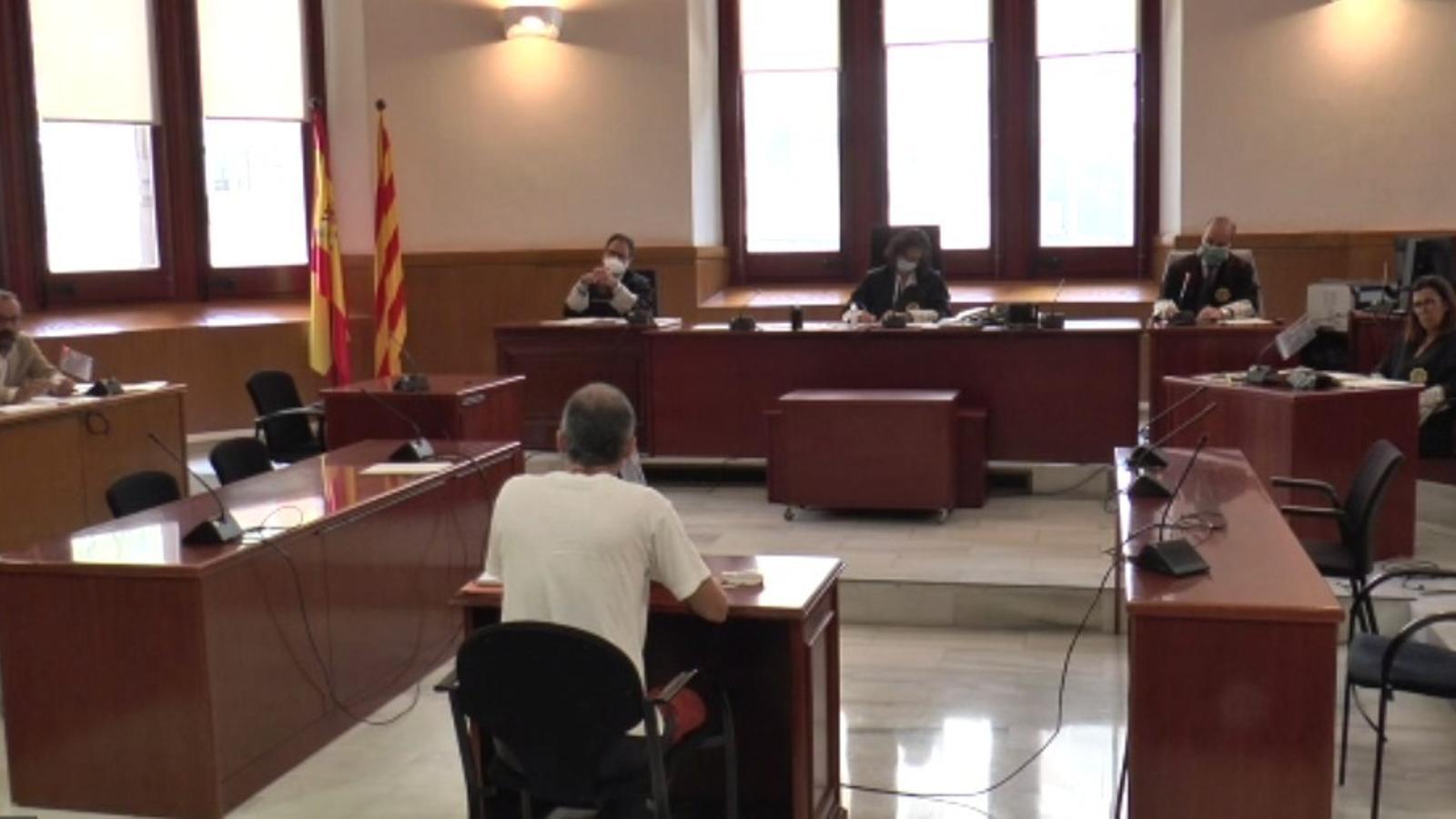 L'acusat declarant aquest matí durant el judici a l'Audiència de Barcelona