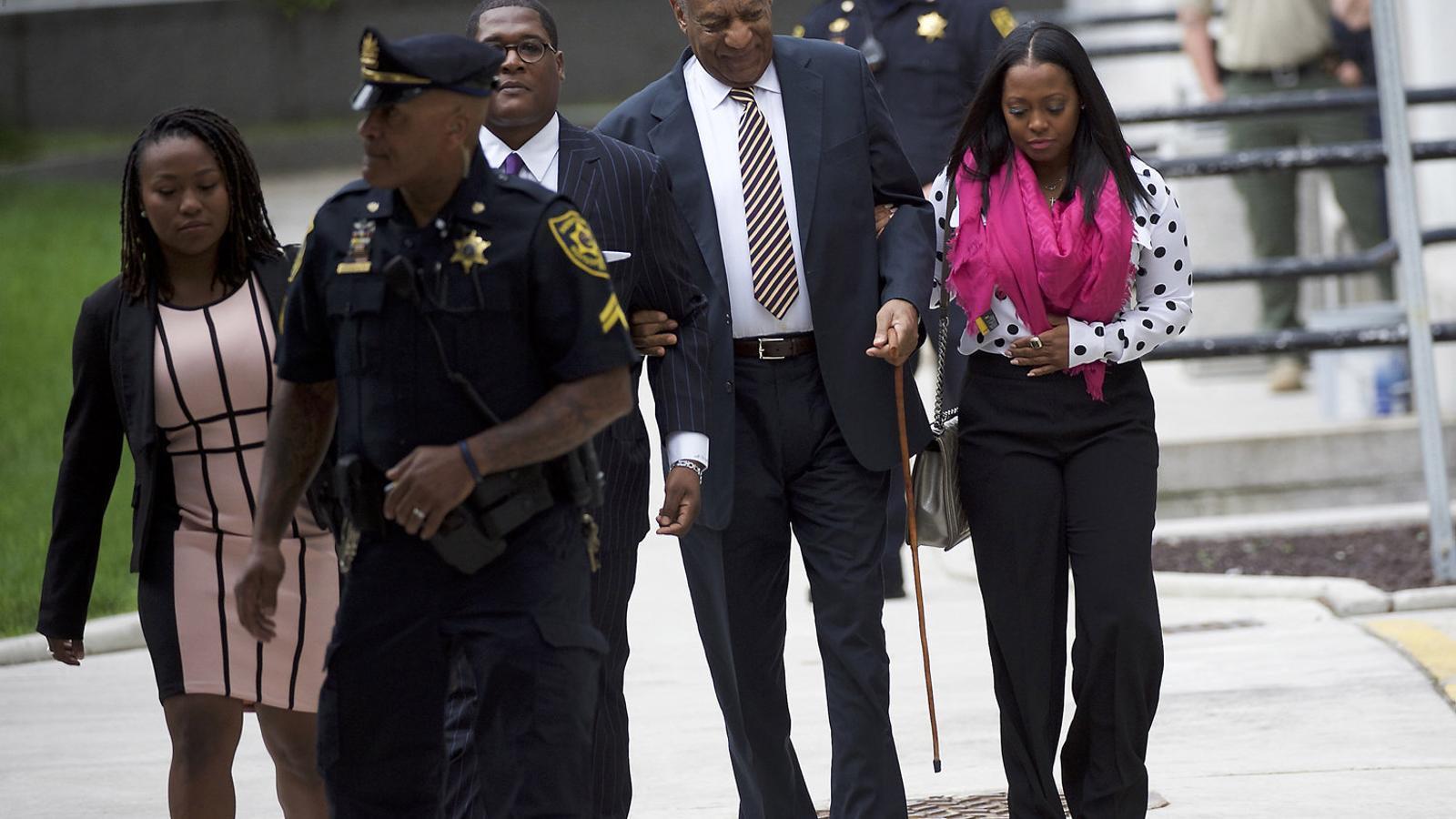 Bill Cosby afronta el primer judici per abús sexual