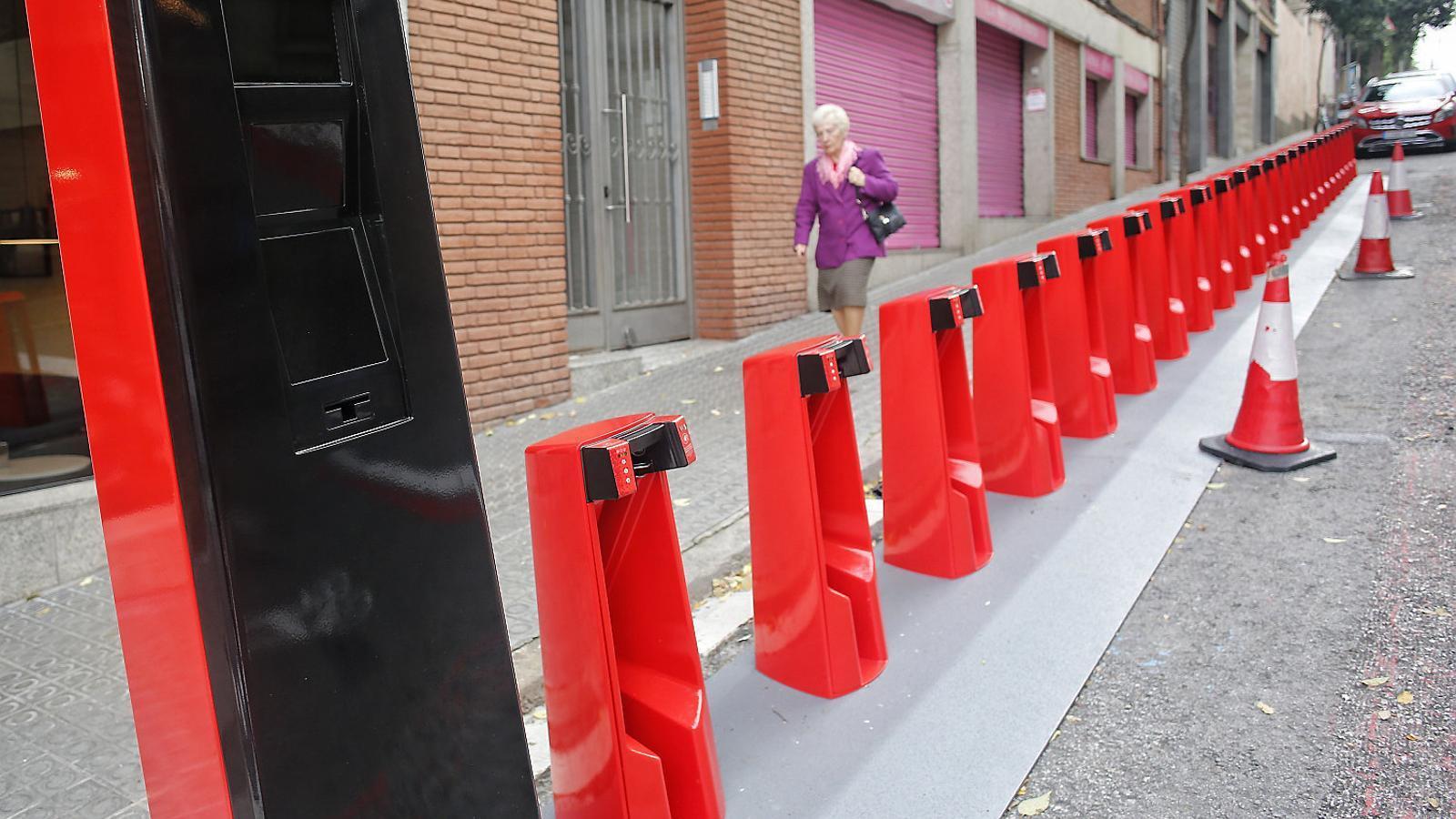 La primera parada del nou Bicing és al carrer Granollers, a Horta.