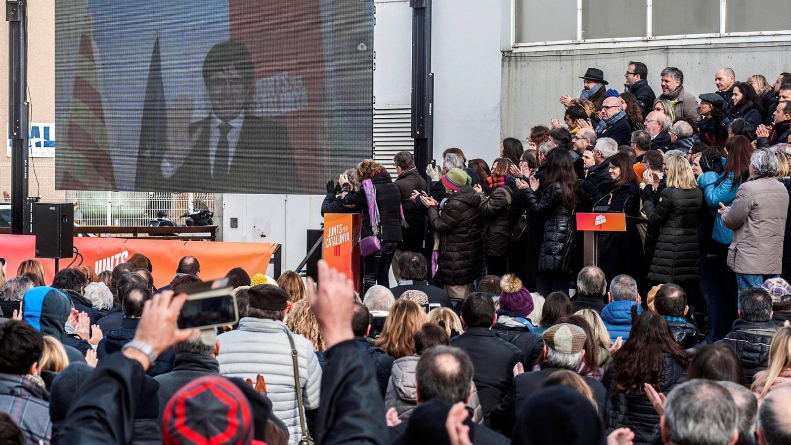 Puigdemont i Rajoy fan del 21-D un plebiscit sobre l'1-O i el 155