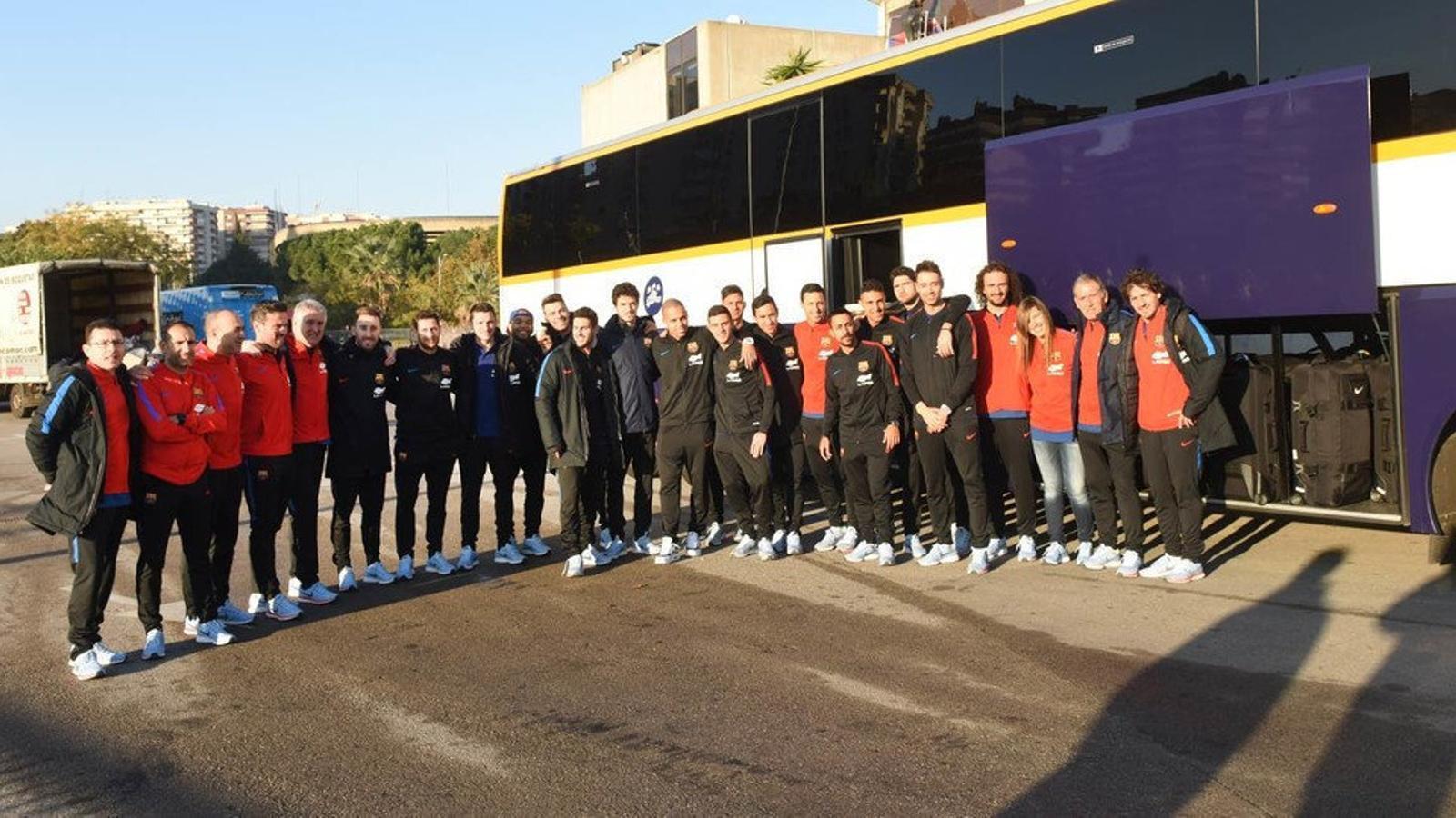 L'expedició del Barça Lassa abans de marxar cap a Pescara per disputar-hi la Ronda Elit de la Champions League.