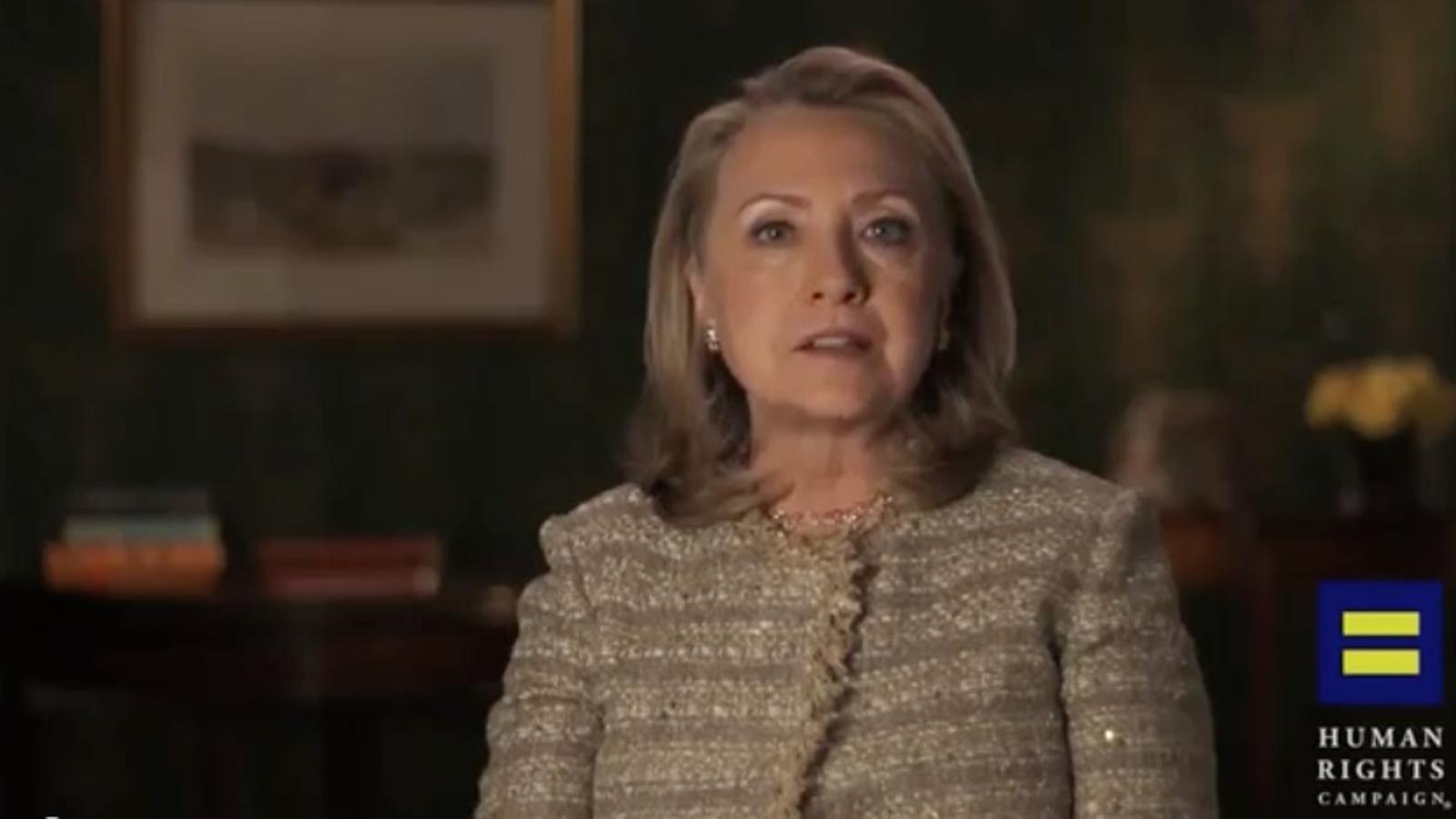 Hillary Clinton canvia d'opinió: ara es mostra favorable al matrimoni gai