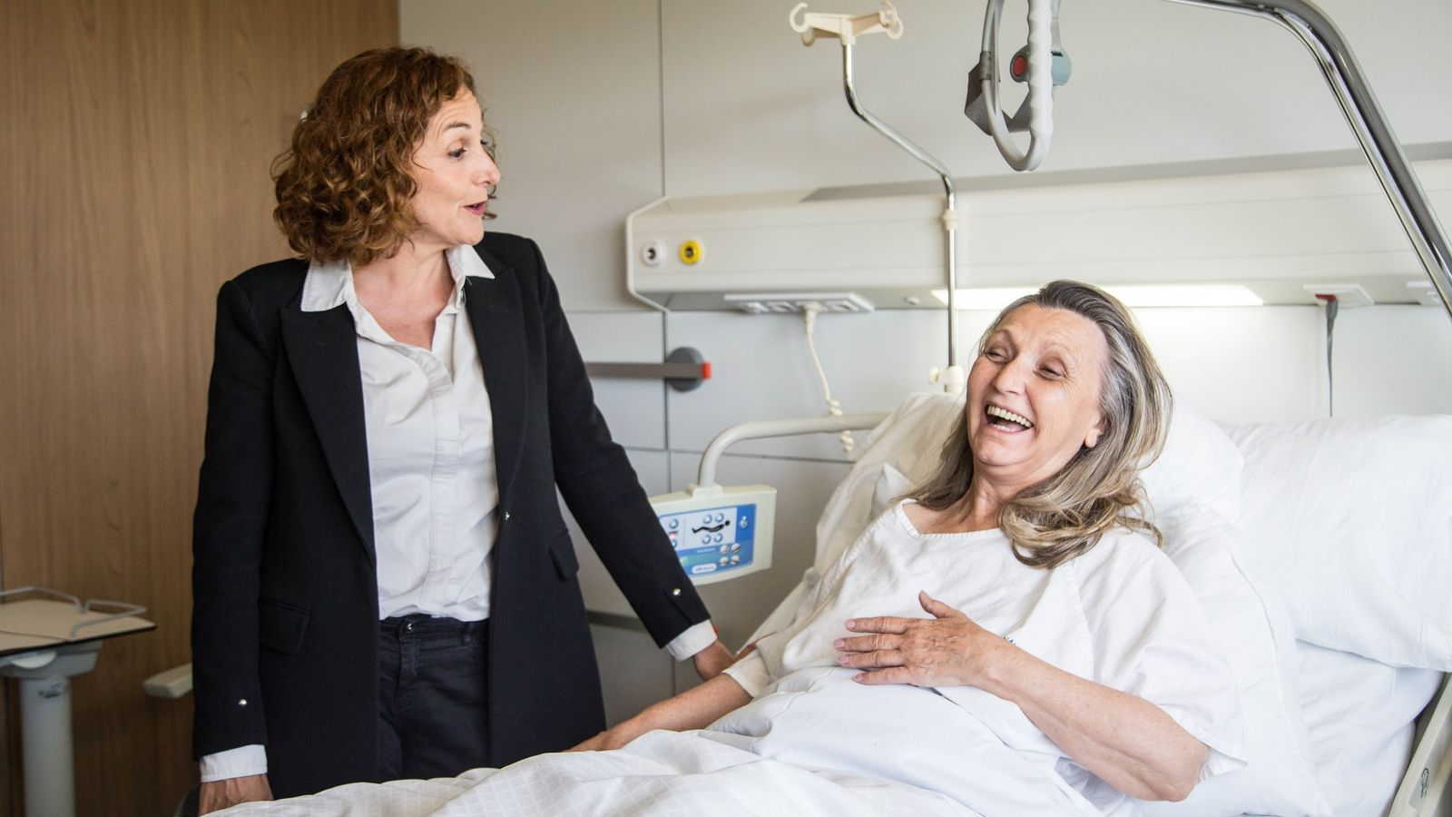 Annabel Totusaus i Mont Plans protagonitzen la comèdia 'De mares i filles'