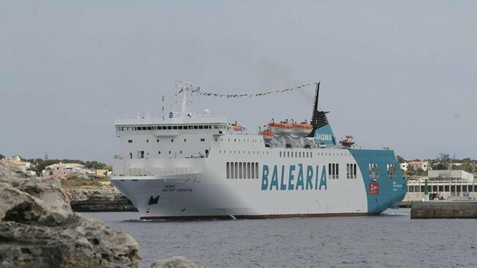 Imatge d'arxiu d'un vaixell de la companyia Baleària. / ARA BALEARS