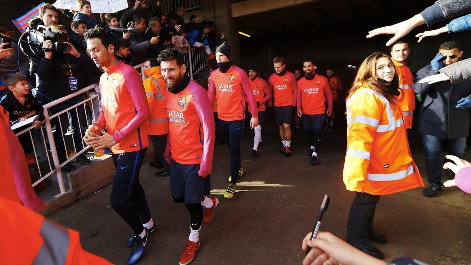 Els jugadors del Barça en l'entrenament a portes obertes de la temporada passada