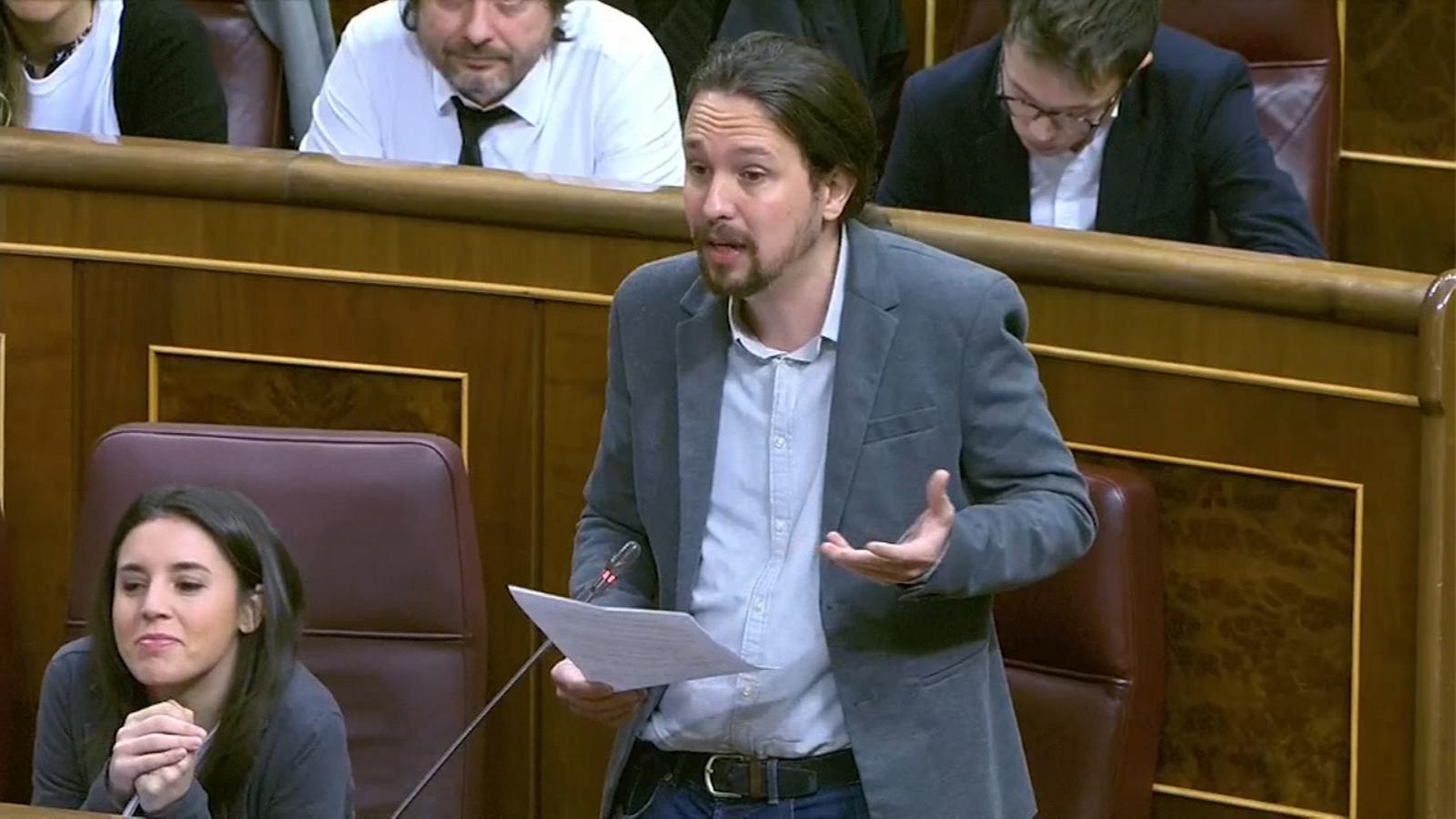 """Iglesias a Rajoy:  """"Deixin de ser il·legals"""""""
