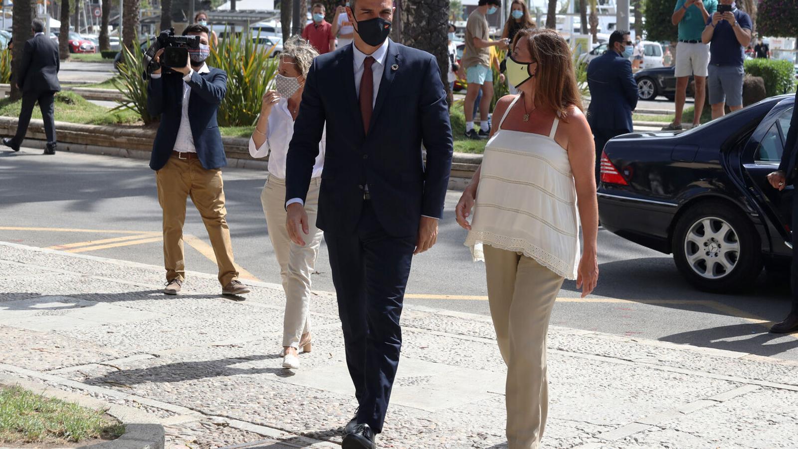 El president del govern espanyol, Pedro Sánchez, i la presidenta del Govern, Francina Armengol