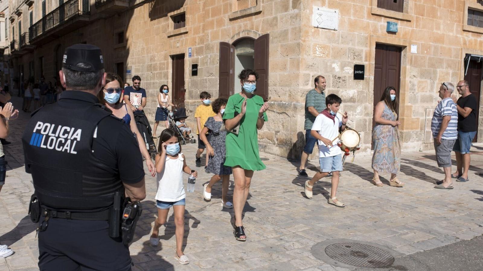 La Policia Local de Ciutadella lamenta la falta d'efectius per a controlar les festes de Sant Joan.