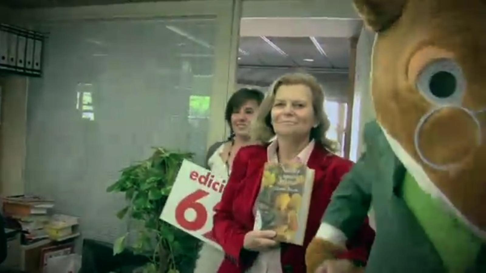 El 'lipdub' que l'equip d'Edicions 62 ha fet per Sant Jordi
