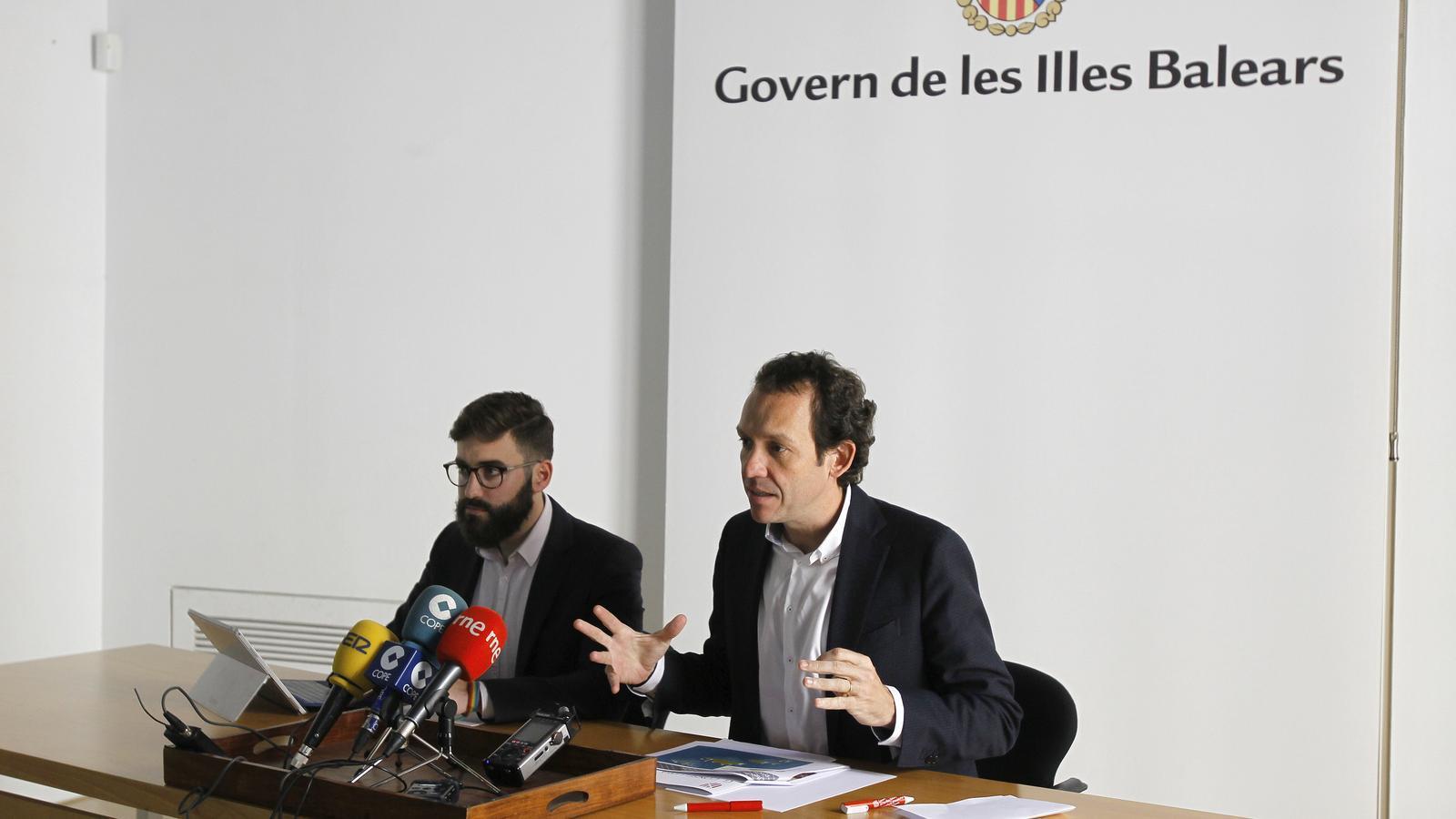 Groizard i Pons, durant la roda de premsa d'aquest dilluns
