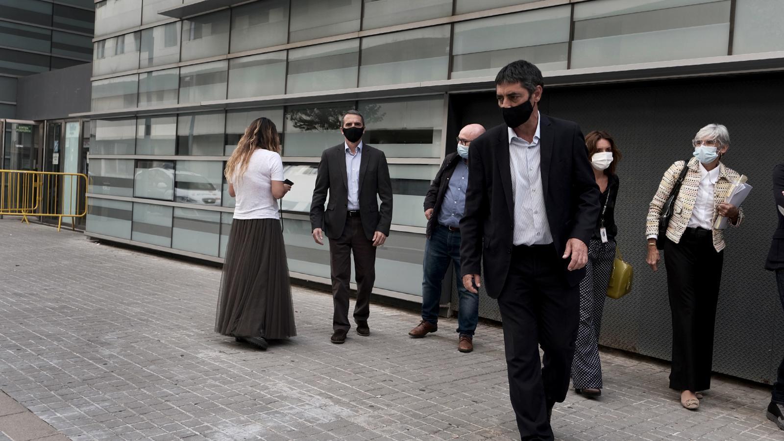 La Audiencia  absuelve a Trapero en una sentencia que supone un golpe a las tesis del Supremo y la Fiscalía