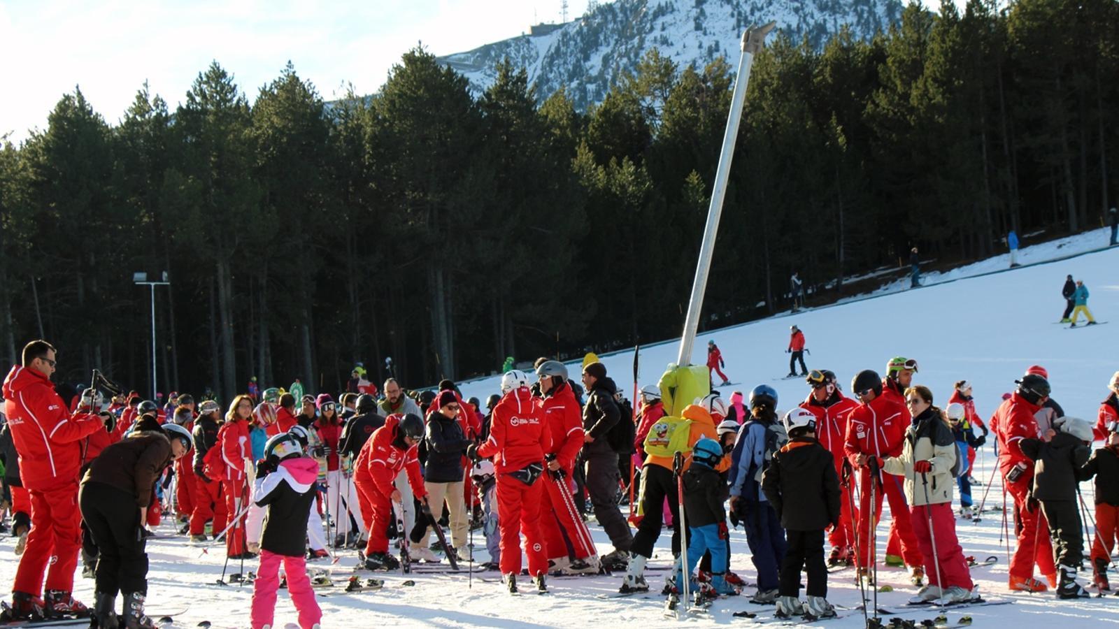 Monitors d'esquí a les pistes de Pal