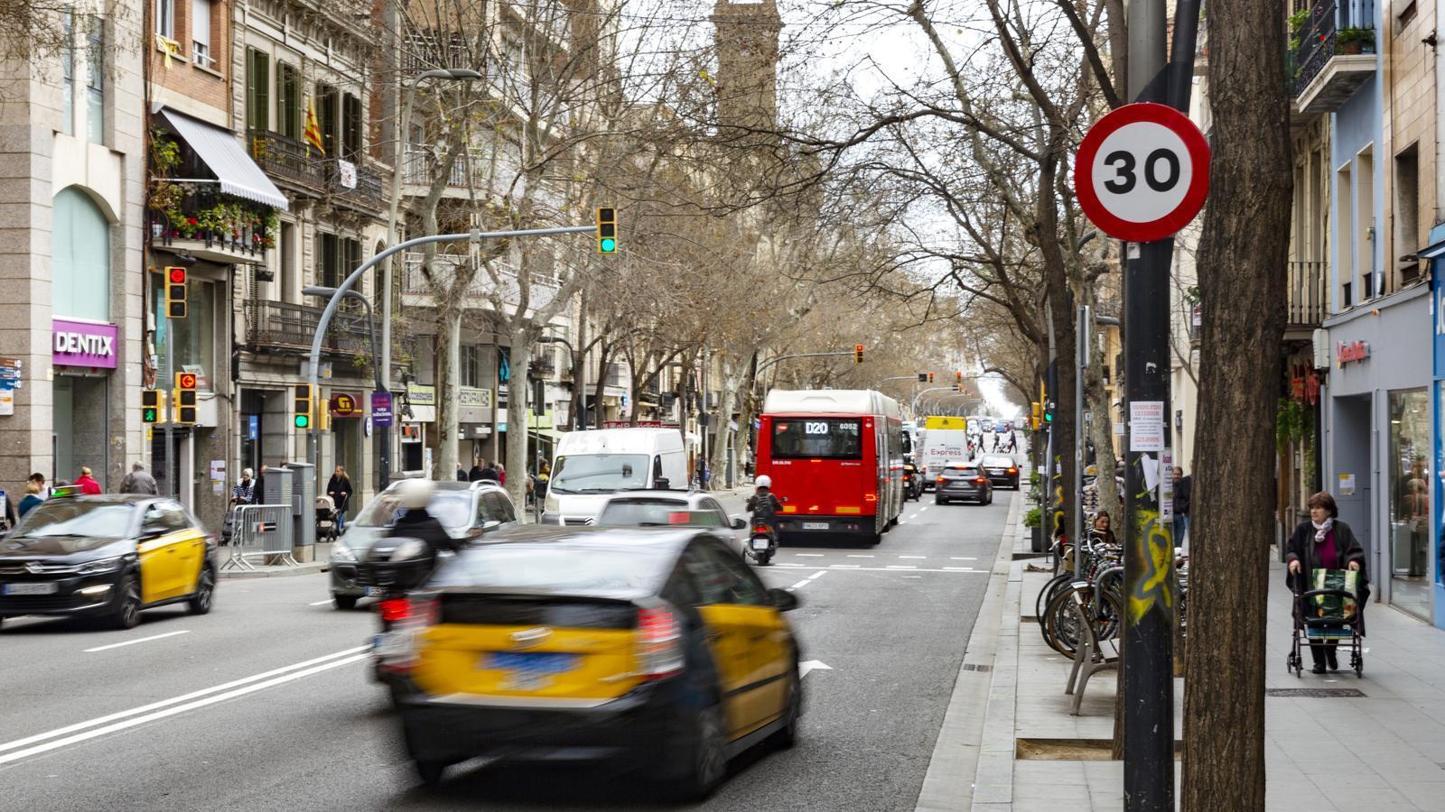 Barcelona es decreta ciutat 30