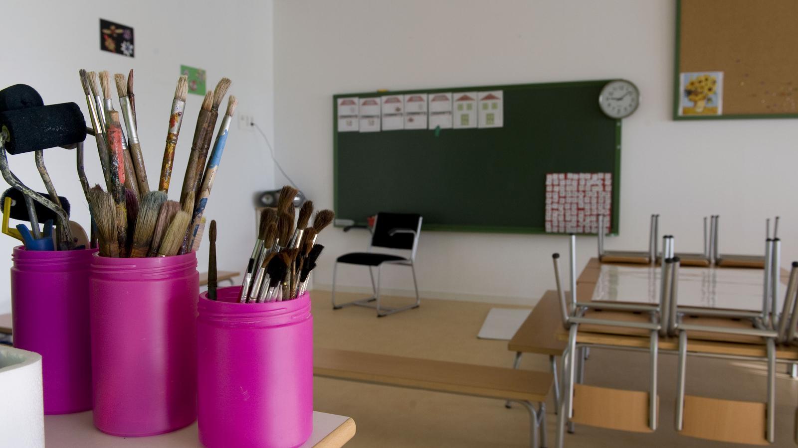 Els directors d'Infantil i Primària demanen que s'endarrereixi l'inici del curs escolar