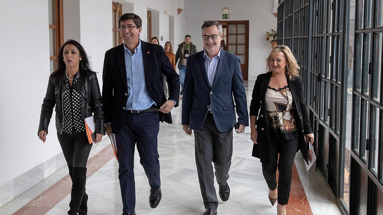 El PP i Ciutadans acosten posicions per desallotjar el PSOE a Andalusia