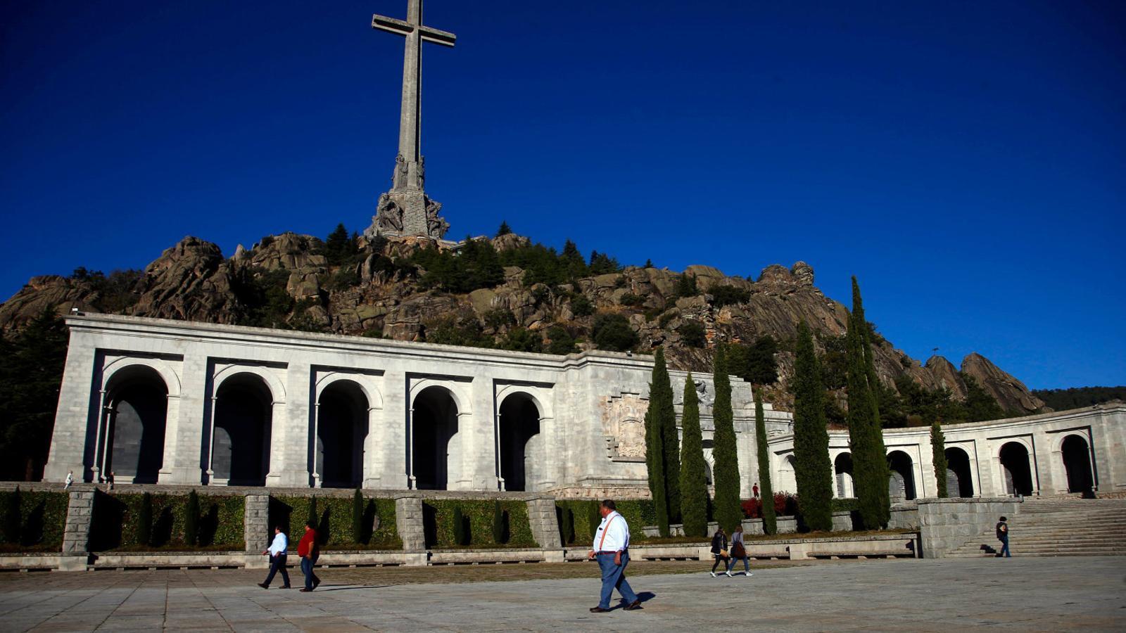 La Moncloa avança en l'exhumació de Franco: en un mes vol tenir llesta la feina administrativa