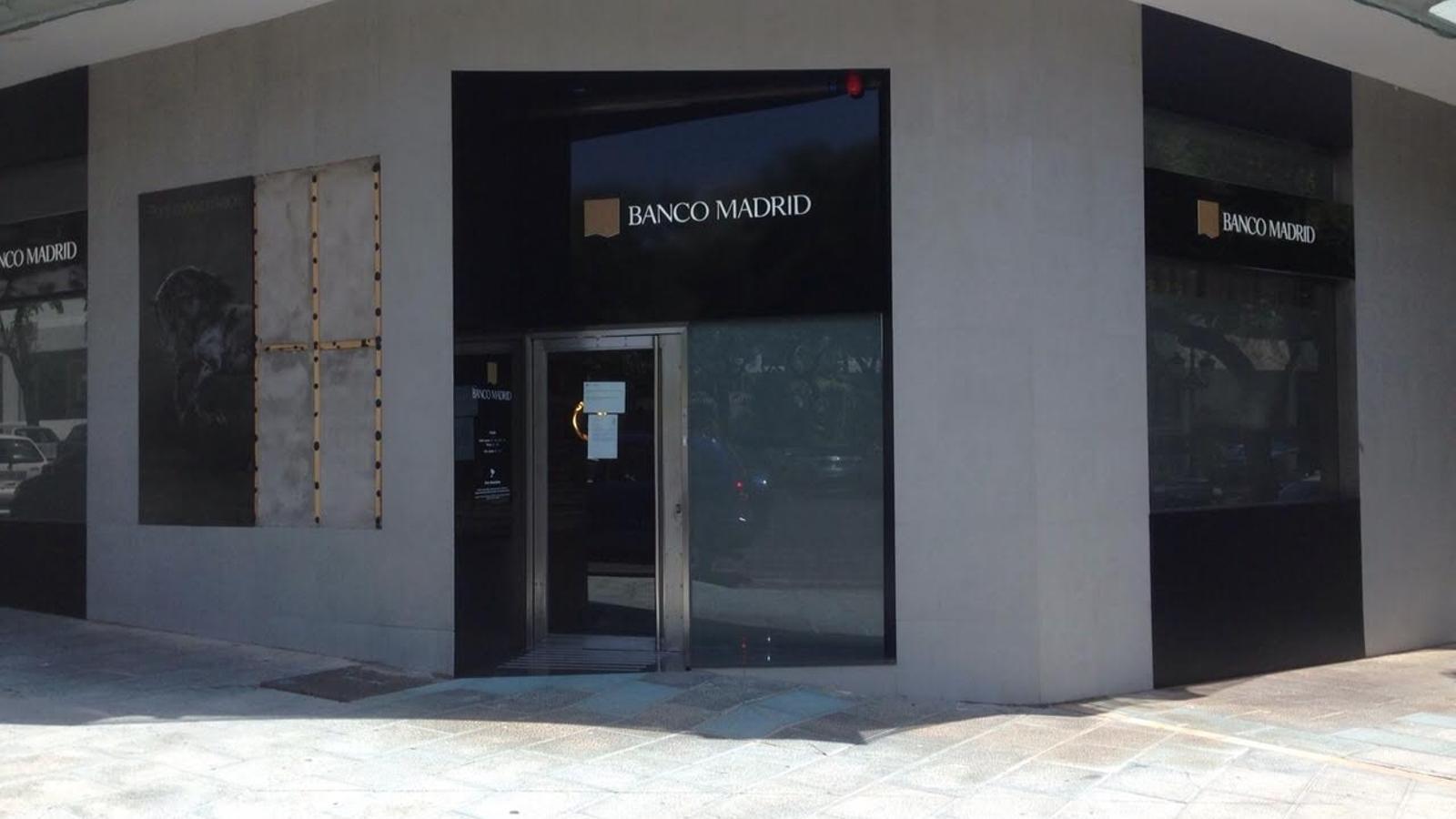 El banc d 39 espanya creu que bpa va comprar banco madrid amb for Oficinas banco madrid