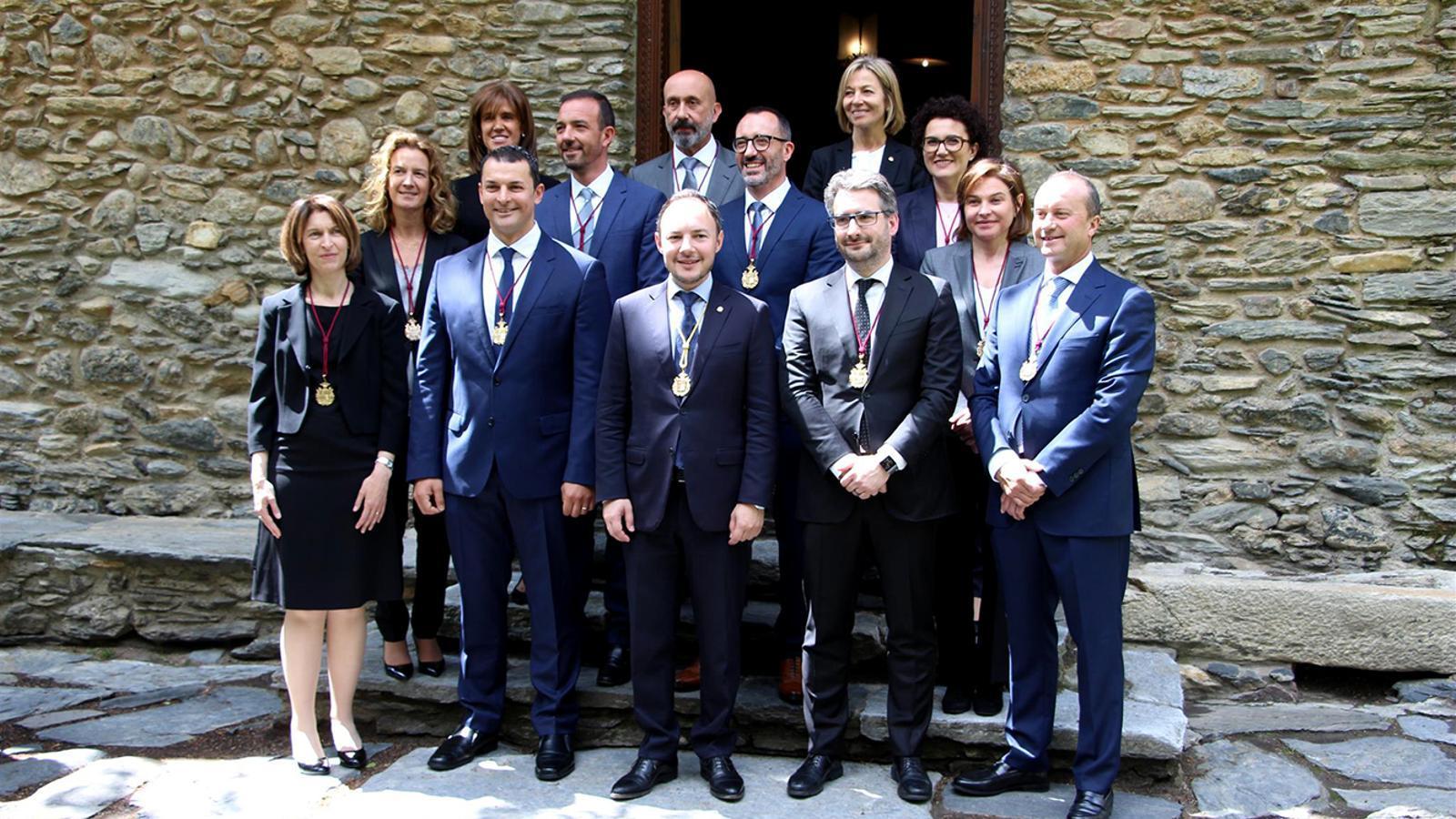 Onze dels dotze nous ministres que han jurat o promès aquest dimecres el càrrec. / M. P. (ANA)