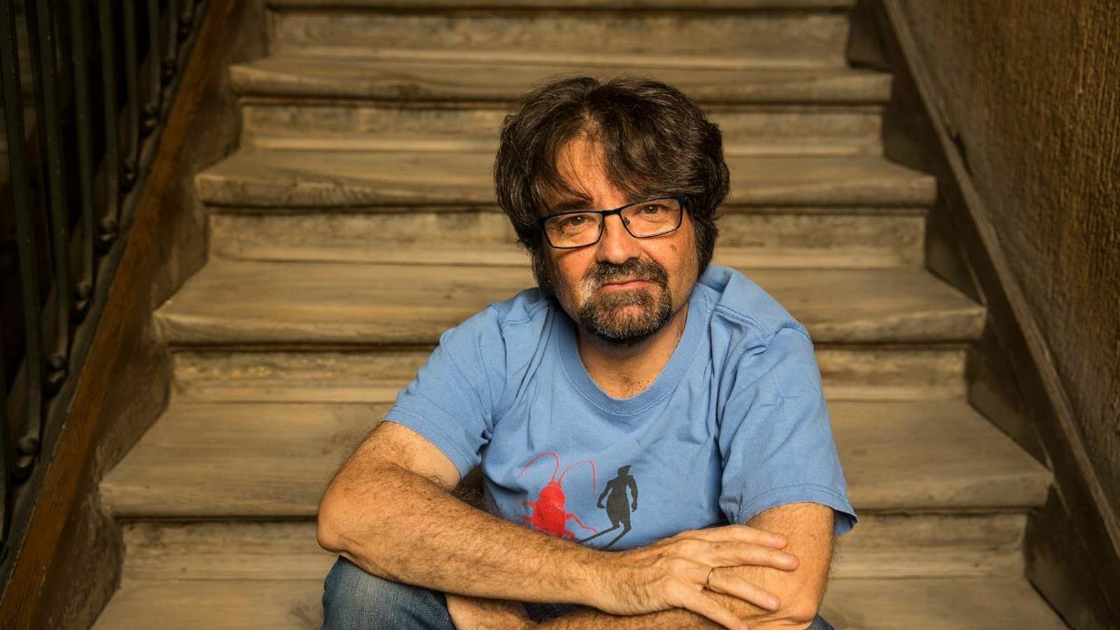 Juan Casamayor és l'editor de Páginas de espuma