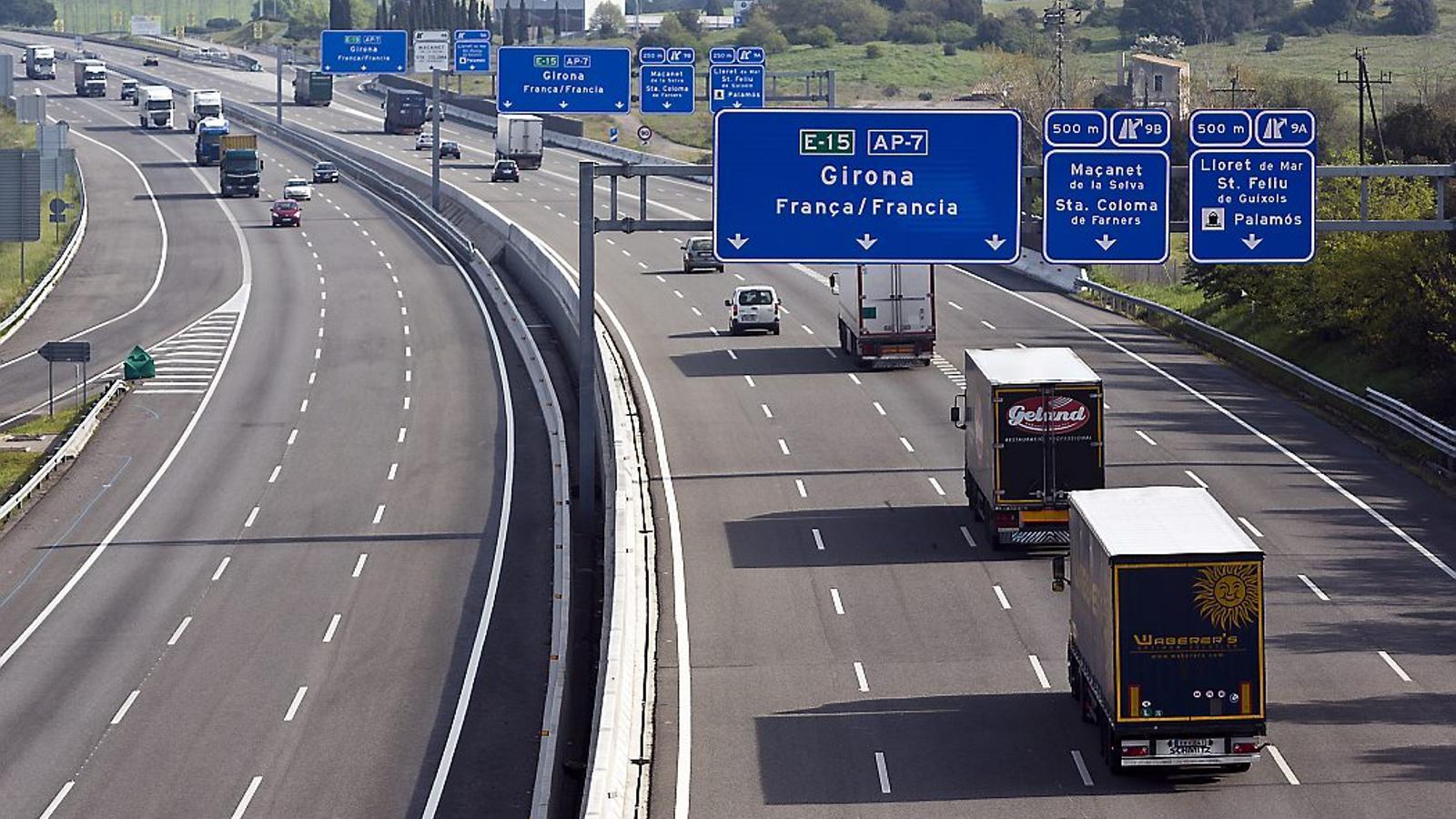 L'AP-7 va aportar el 57% dels beneficis d'Abertis l'any passat. De moment, el ministeri de Foment ja ha anunciat que el 2018 no renovarà el tram Tarragona-Castelló.