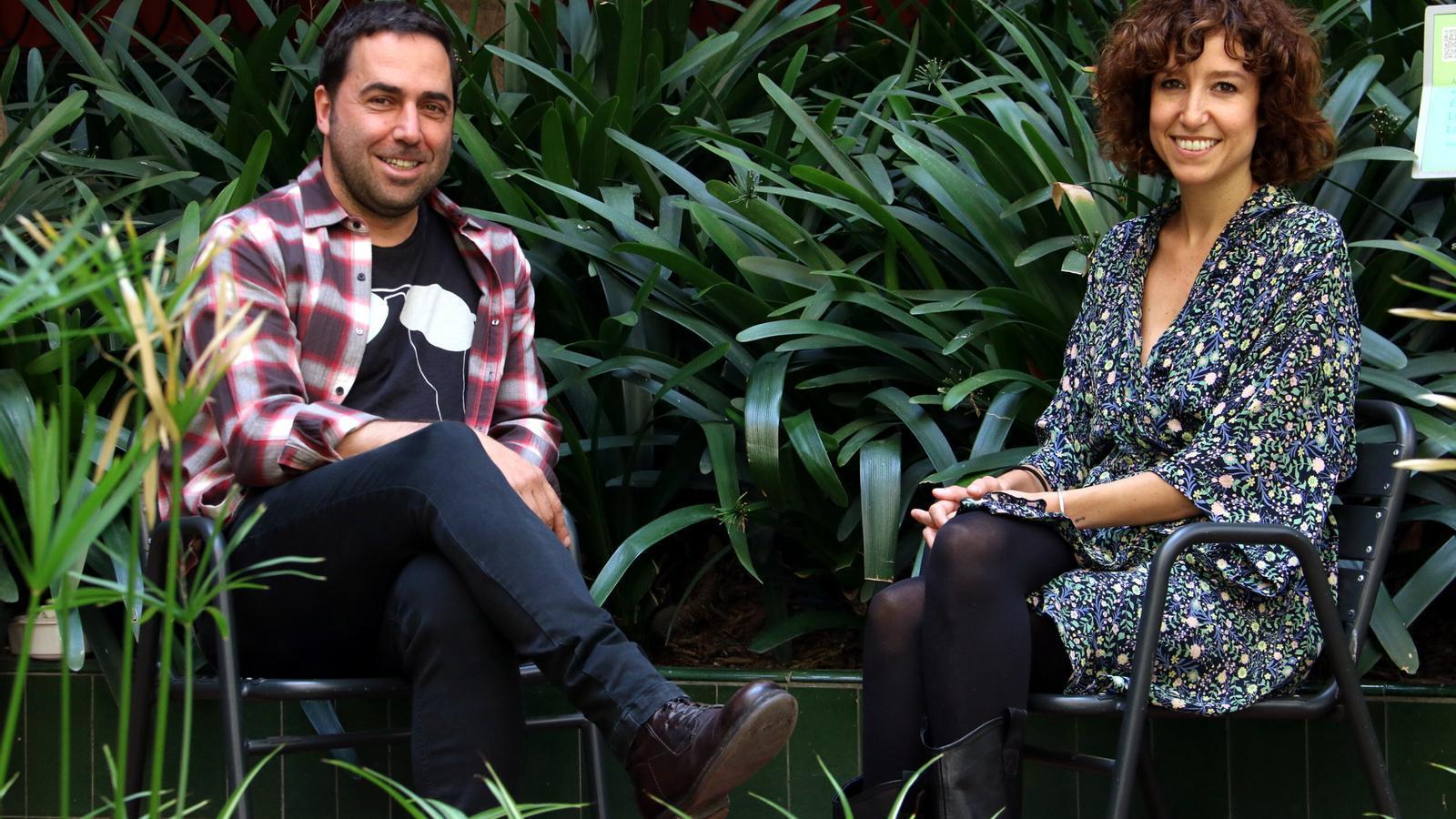 El director del Cruïlla, Jordi Herreruela, acompanyat de la periodista Agnès Marquès, comissària del Cruïlla Talks.