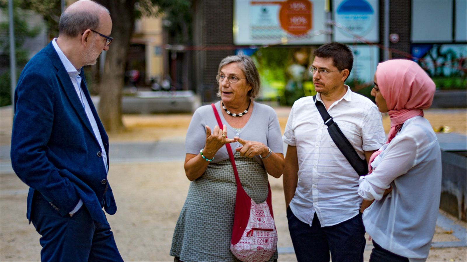 Debat d'Antoni Bassas amb Hanan el Yazidi, Maria Majó i Xavier Gual