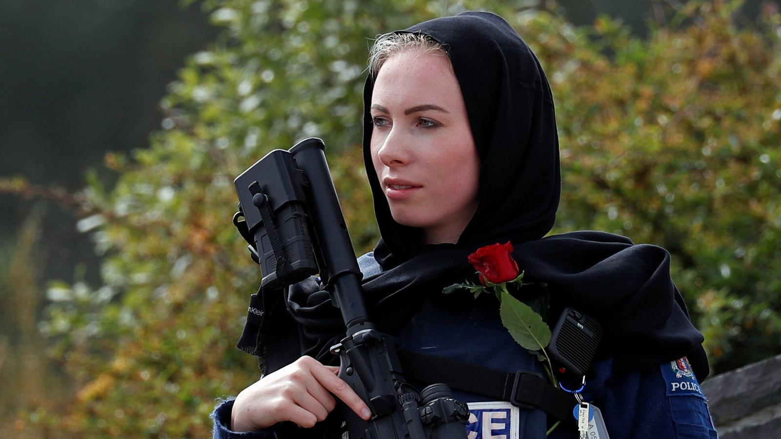 Nova Zelanda prohibirà les armes semiautomàtiques i d'estil militar