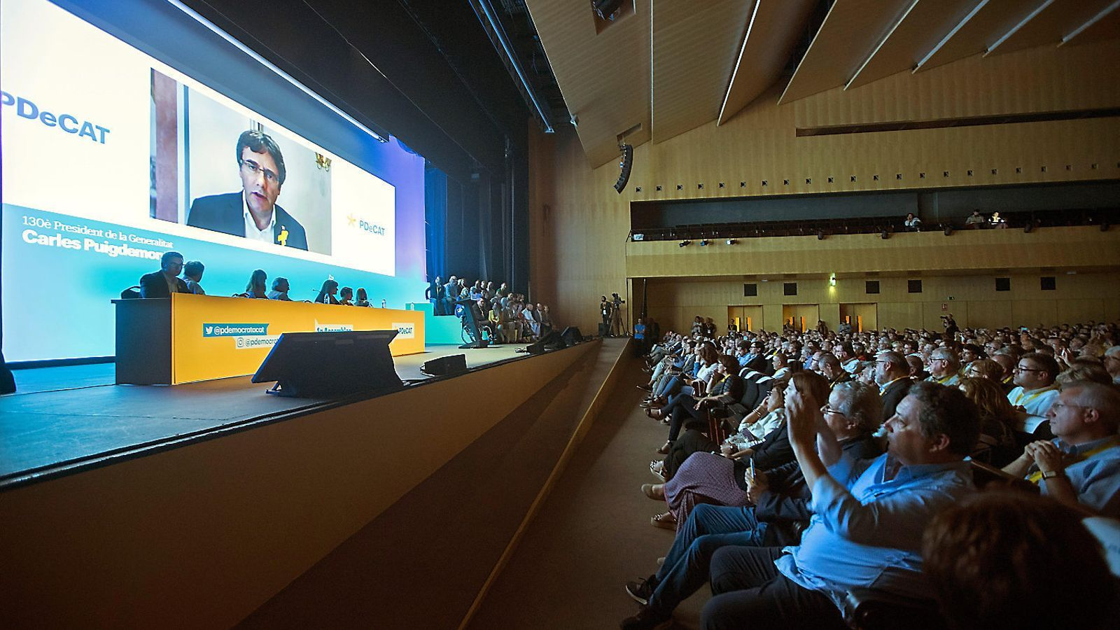 L'expresident Carles Puigdemont va intervenir en l'acte de cloenda de l'assemblea del PDECat.