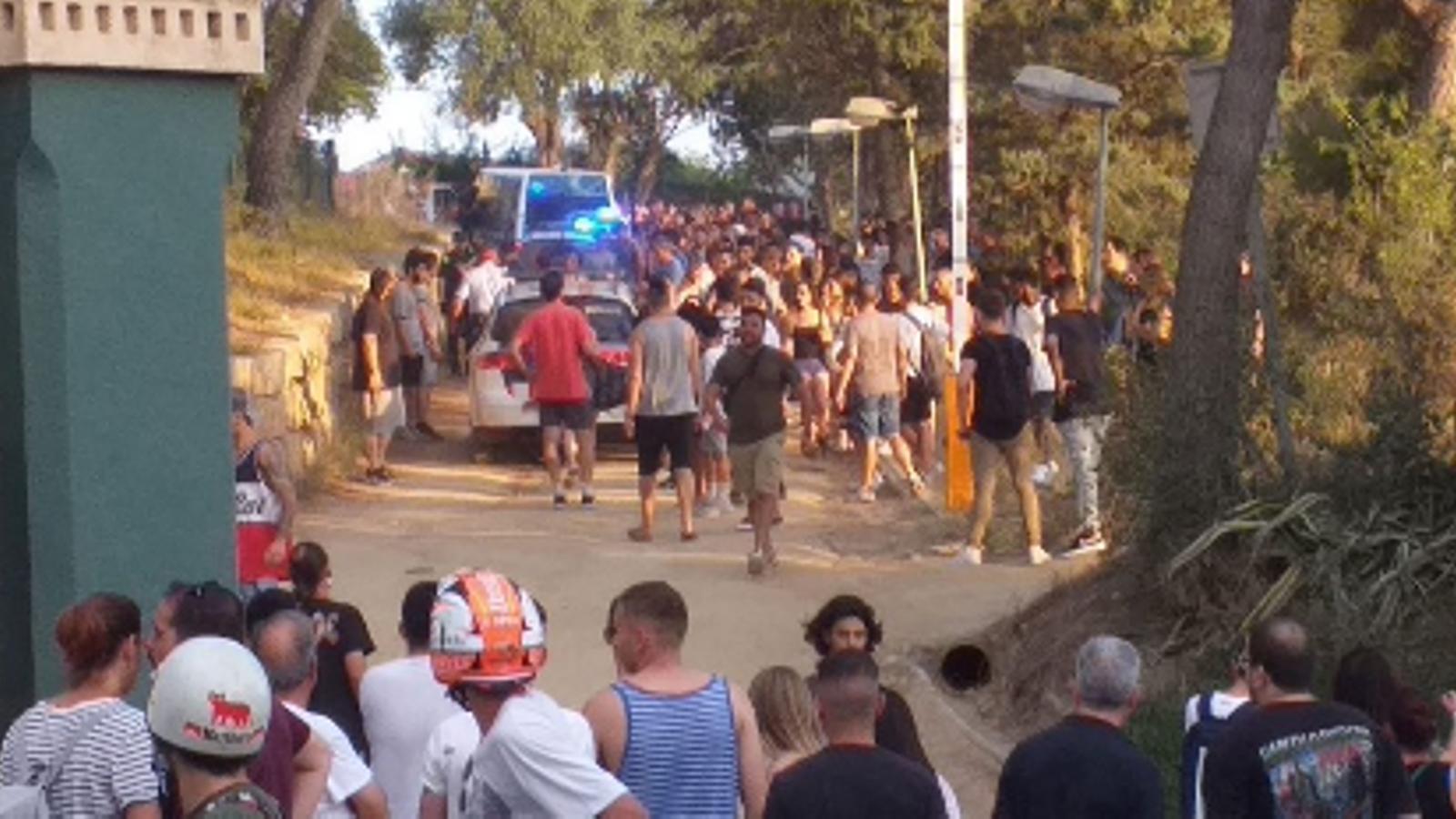 Un detingut i sis ferits en l'intent d'atac a un centre de menors al Masnou