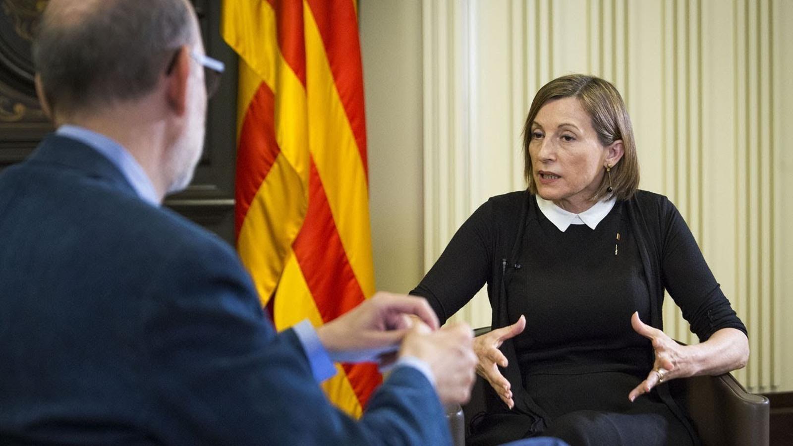 """Carme Forcadell: """"Fora de l'hemicicle, la convivència entre Govern i oposició continua"""""""