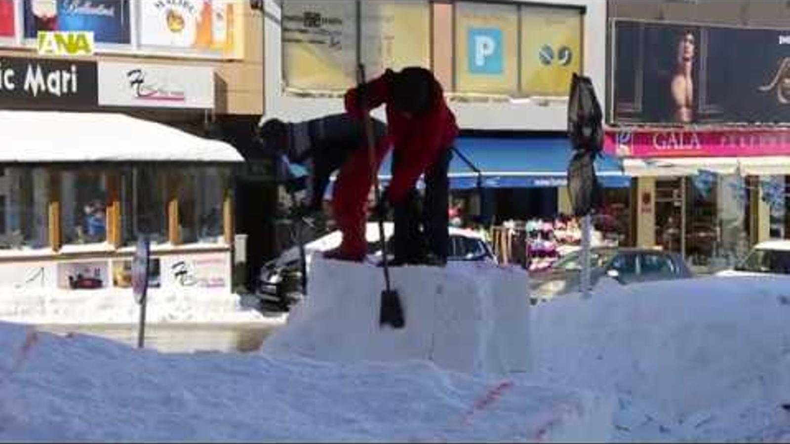 Tret de sortida al Concurs d'escultures de neu del Pas de la Casa