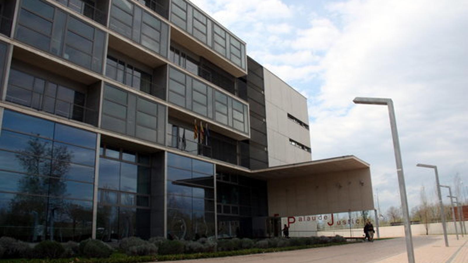 La façana del Palau de Justícia de Girona