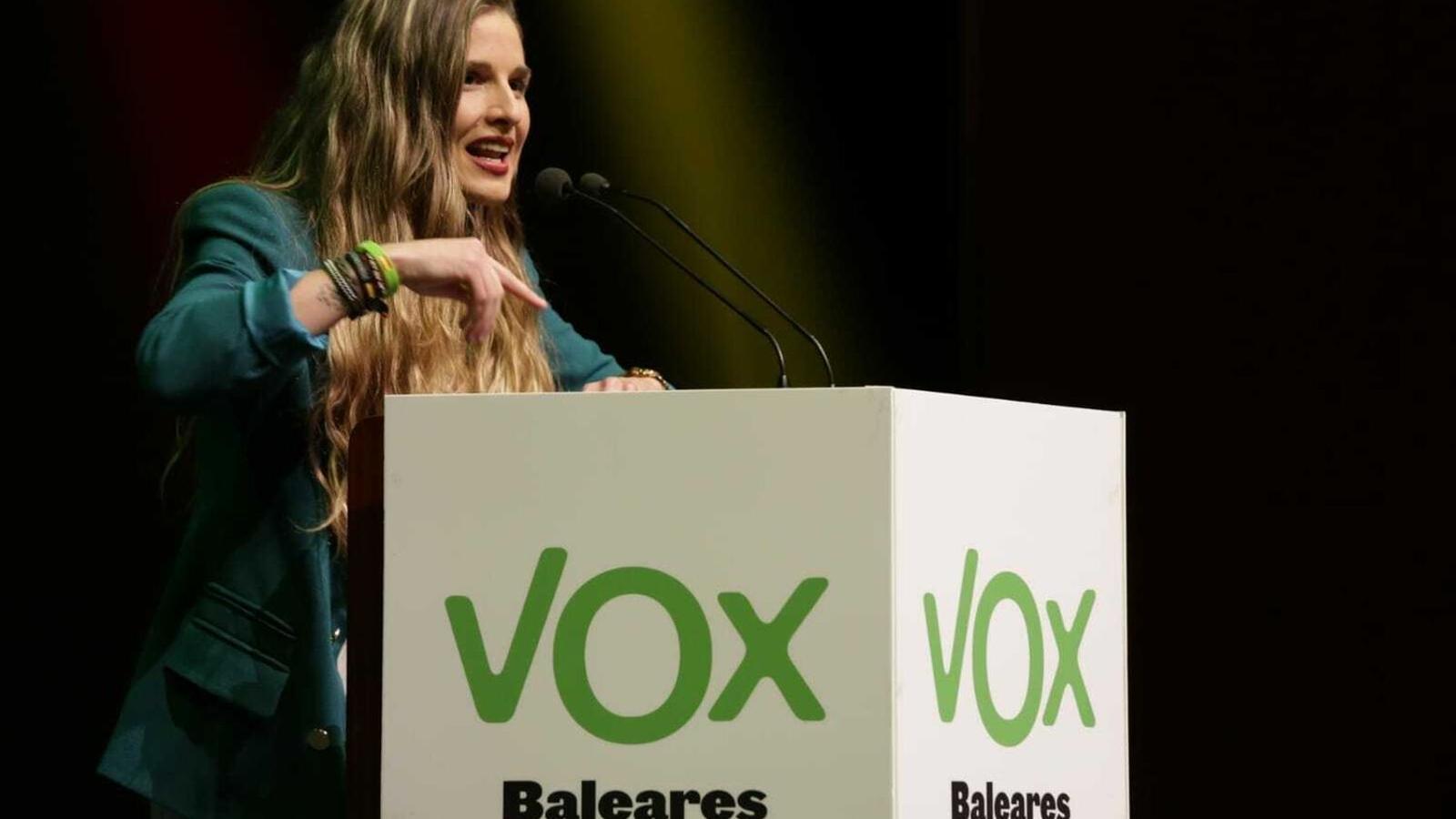 Malena Contestí en un míting de Vox durant la campanya electoral de les passades eleccions generals